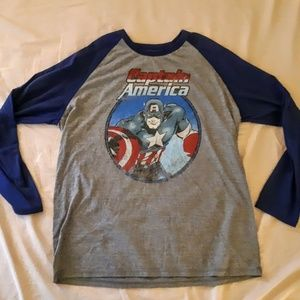 Marvel size L Captain America Graphic Shirt